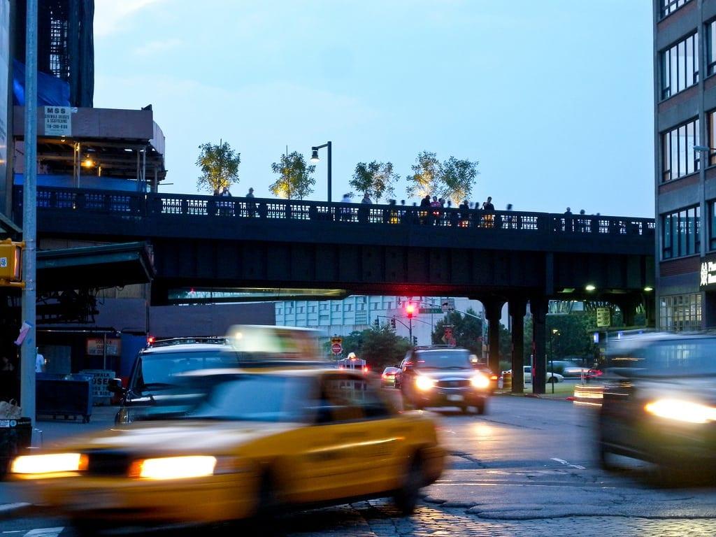 High line rava realty rava realty for Comprare casa a new york manhattan